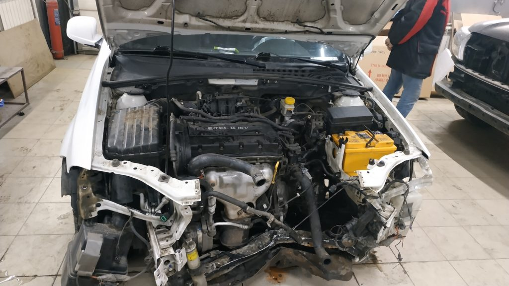 Ремонт Шевроле Лачетти в Люберцах после фронтального удара