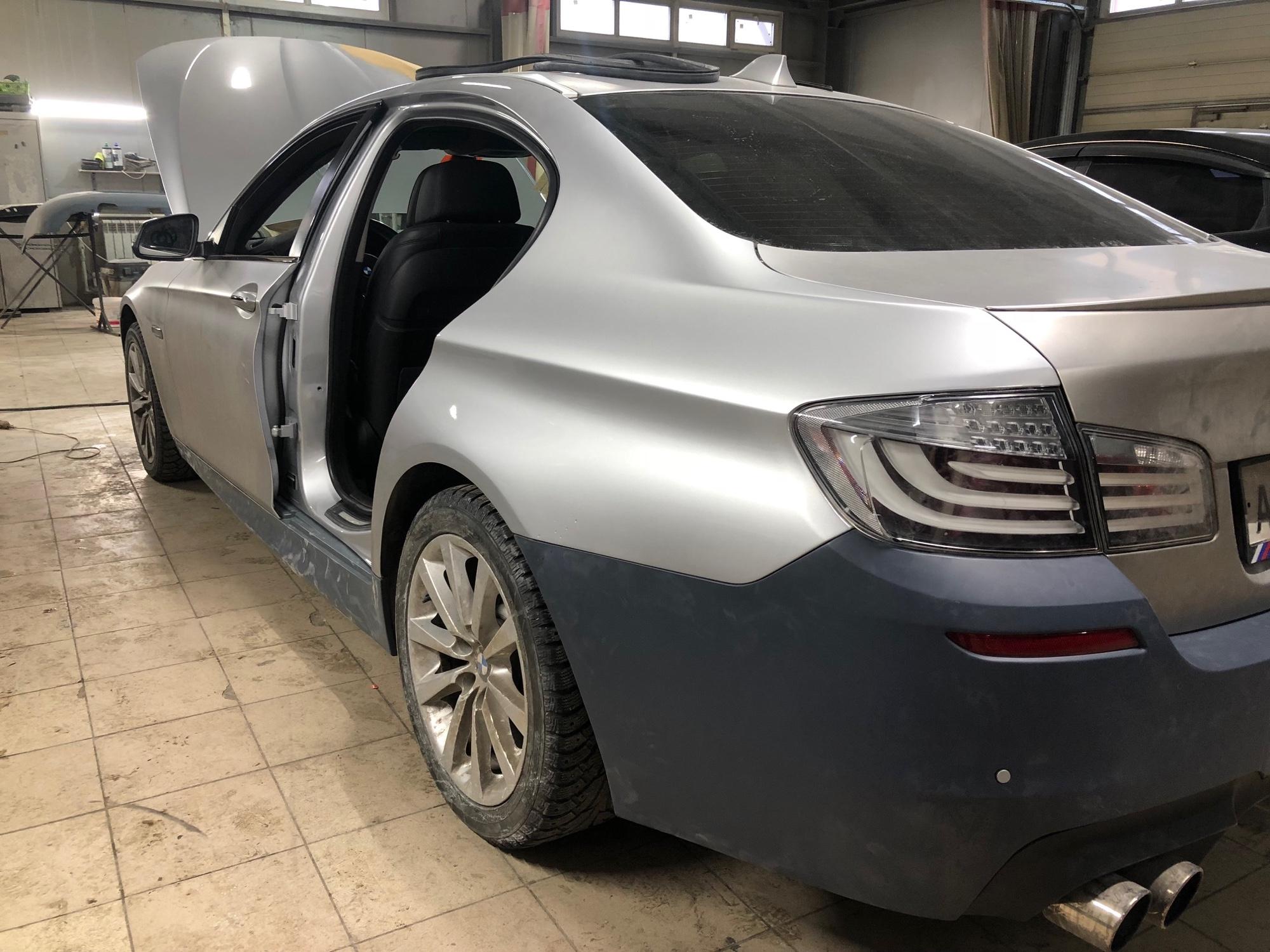 BMW 5 Series. Покраска заднего левого крыла и двери