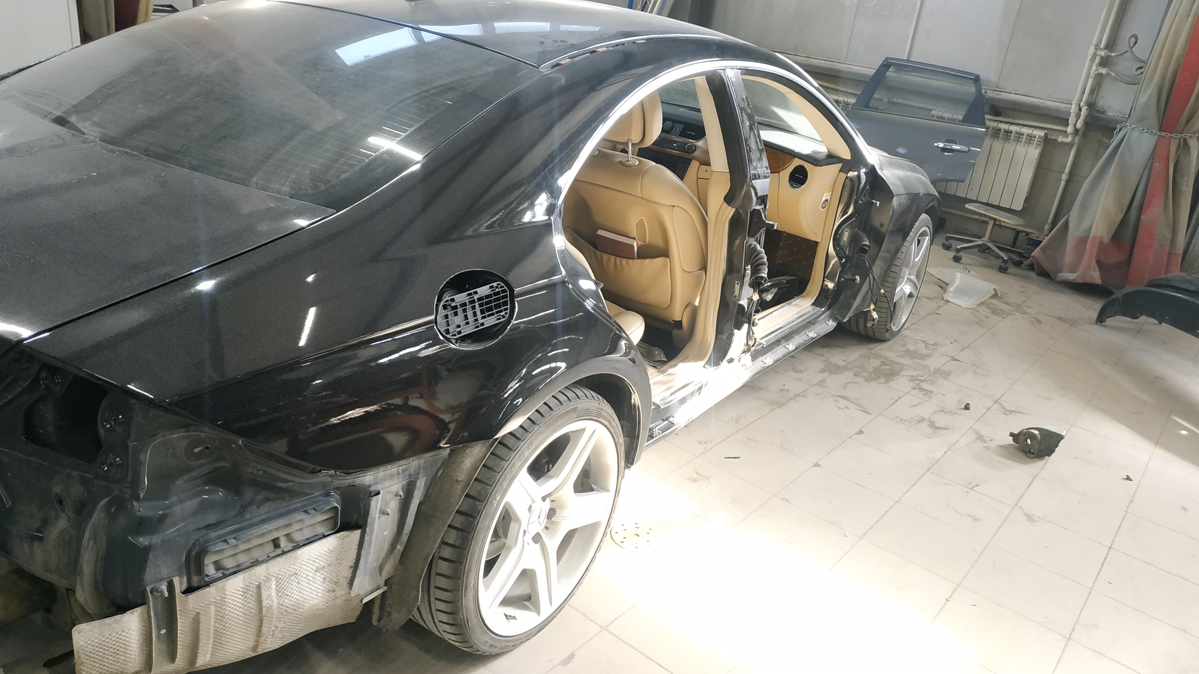 Разобранный кузов Mercedes CLS