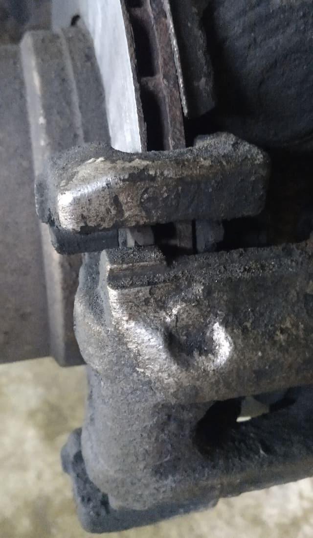 Ужасное состояние тормозной системы на БМВ Х5