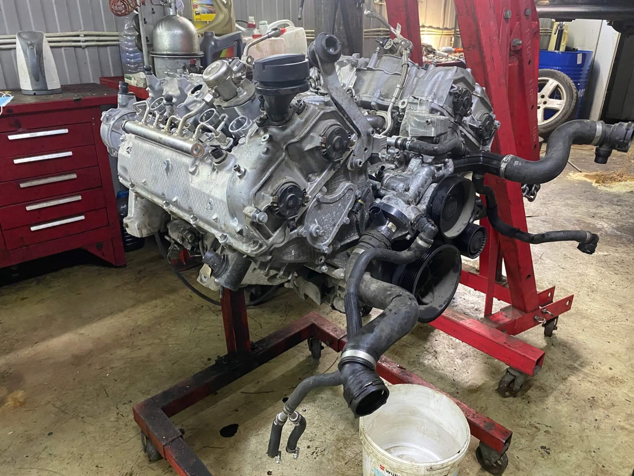 Дефектовка двигателя БМВ N63B44TU